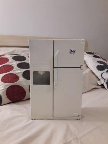 Холодильник для барбі