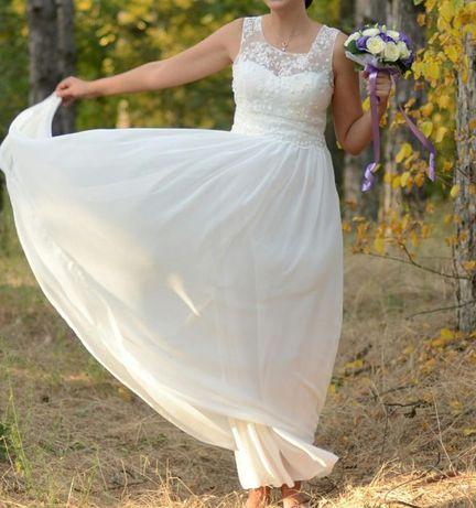 Продам свадебное платье сарафан