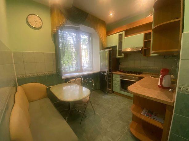 Продаж 2-кімнатної квартири по вул.Остроградських