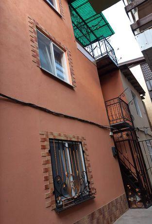 Сдаём 4-х местные комнаты в частной даче на первой линии от моря