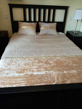 Estrutura cama casal (Hemnes - Ikea) com estrado (180 EUROS)