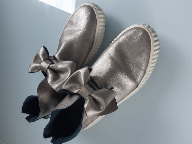 Srebne buty 40