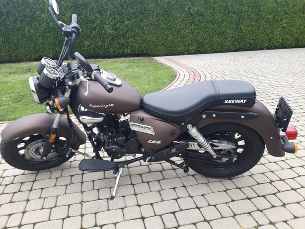 Motocykl Keeway Superlight125