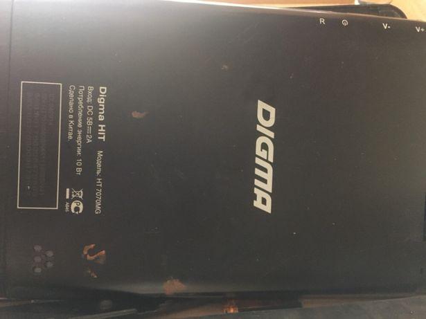 Планшет Digma 7070MG