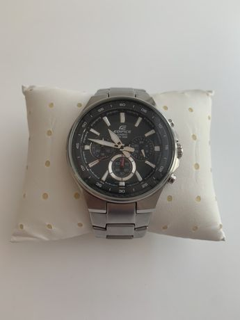 Elegancki meski zegarek Edifice
