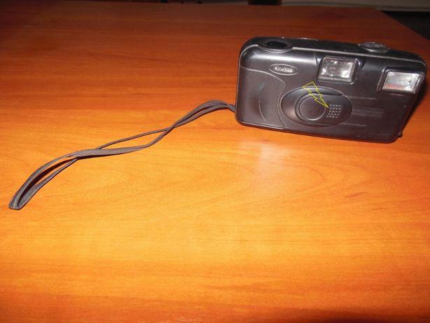 Фотоаппараты пленочные KODAK и POLAROID 2000FF (цена за кодак + агфа)