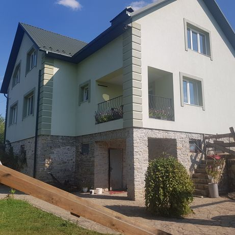!Продам новий будинок майже в місті