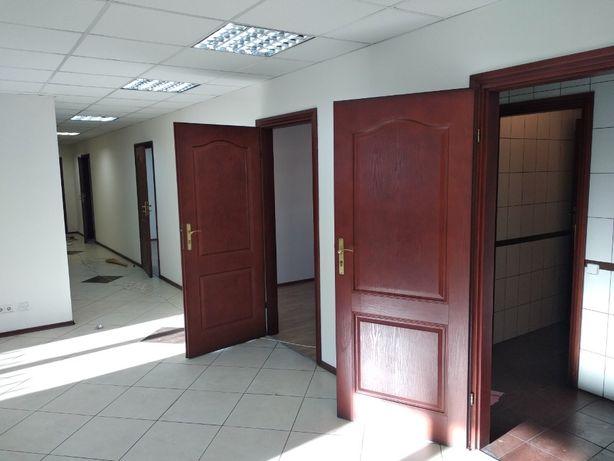 Офис ул. Машиностроительная, метро Берестейская