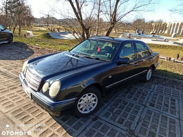 Mercedes-Benz Klasa E Mercedes E250D W210 1999 150KM klimatronic 2500zł