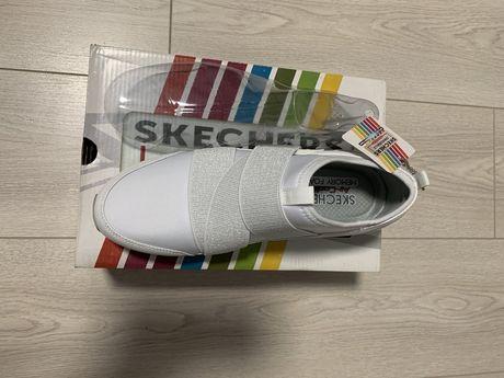 Продам женские кроссовки SKECHERS (оригинал)
