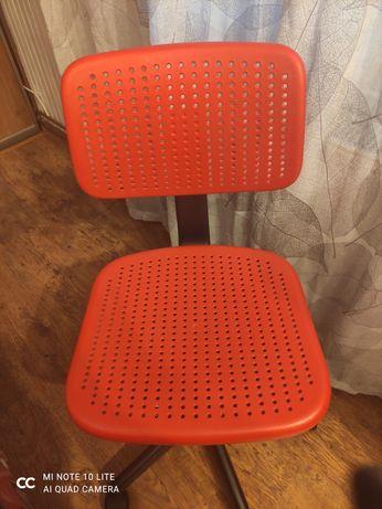 Fotel biurowy czerwony IKEA stan bardzo dobry