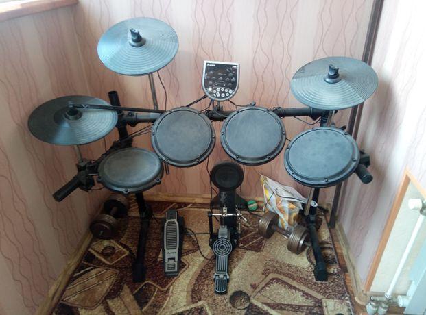 Продам барабанную установку ALESIS, беззвучный режим(через наушники)