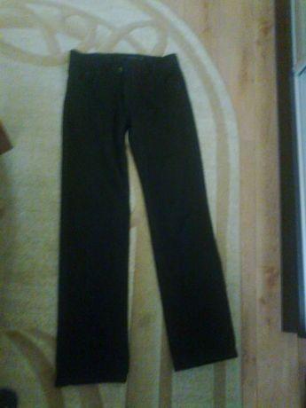 Джинсы черные для школьника ( длина 108 см.)