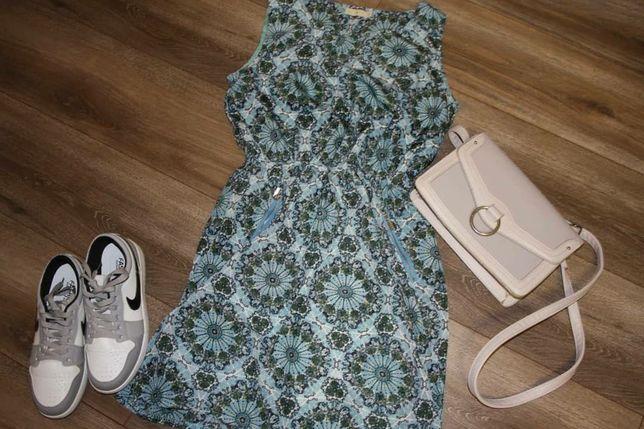 Плаття в принт з кишеньками