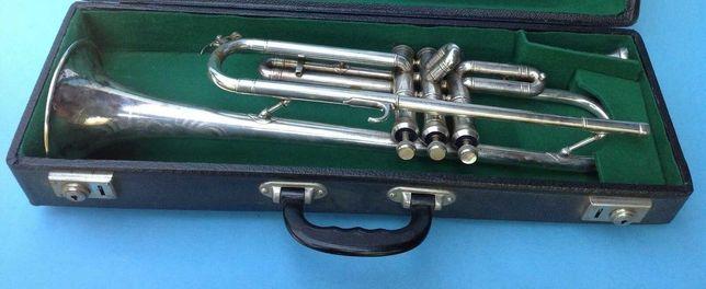 Trompete Emo Profissional em prata nº de série 5376