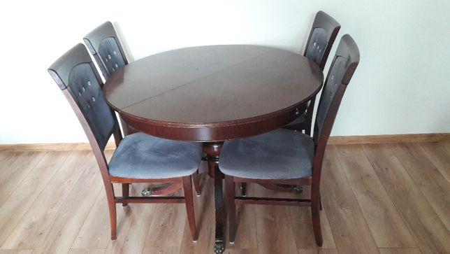 Antyczny okrągły stół z krzesłami - cyrkonie