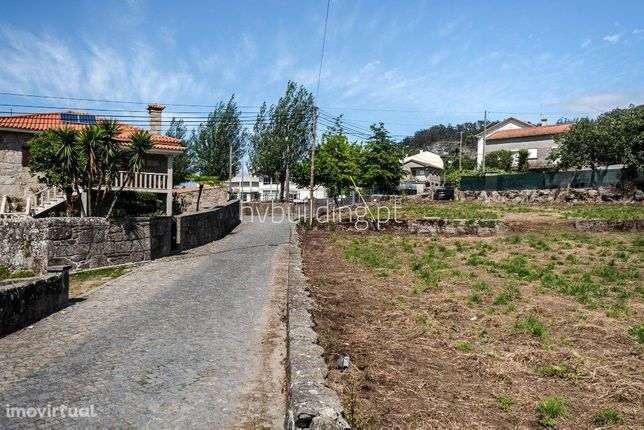 Terreno para construção na freguesia de Milhazes, concelho de Barcelos