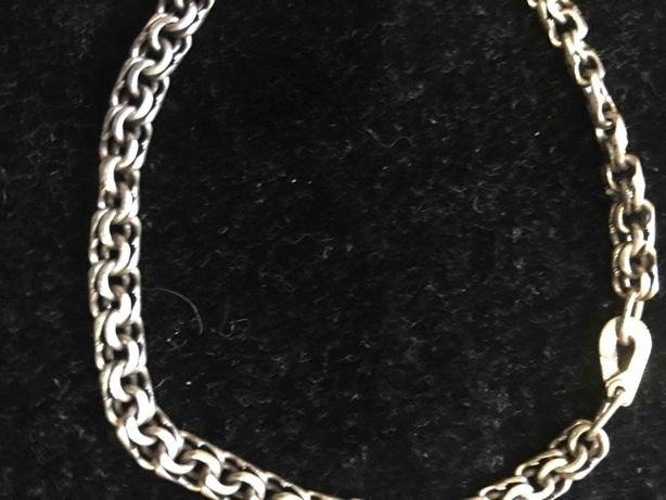 Продам серебрянный браслет-серебро 925 пробы
