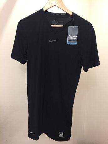 Спортивная майка Nike Pro