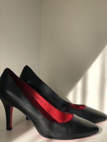 """Туфлі чорні «Pierre Cardin"""""""