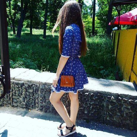 Летнее платье в джинсовом стиле