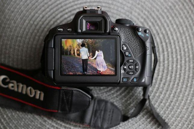Canon 700d body ідеальний стан. В подарунок фотосумка lowepro.