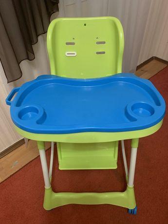 Продам стульчик для кормления Bambi M 3216