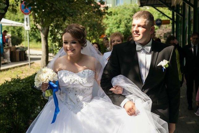 Przepiękna suknia ślubna księżczniczka, kryształy swarovskiego!!