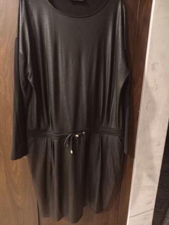 Duża czarna sukienka rozm.48