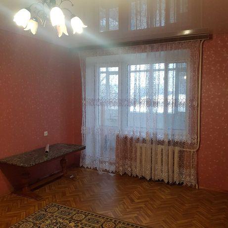 Здається 1-но кімнатна квартира.Тищика