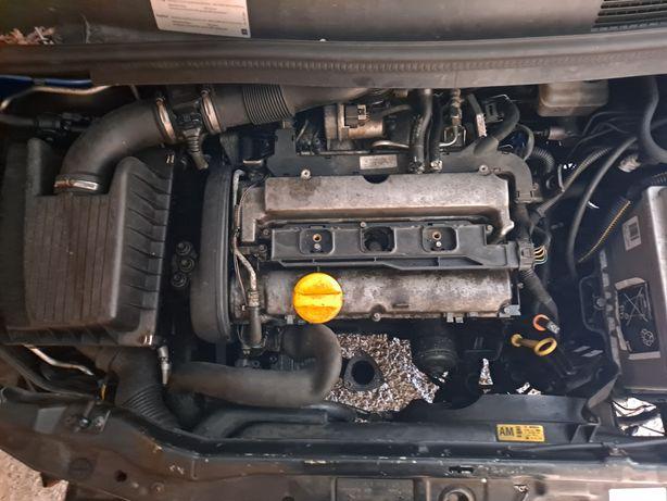 Opel zafira A 1.8 benzyna komputer silnika