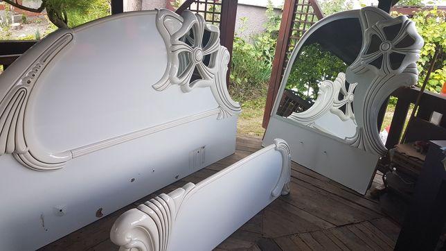 Sypialnia włoska meble 250 cm biale z lustrem + toaletka