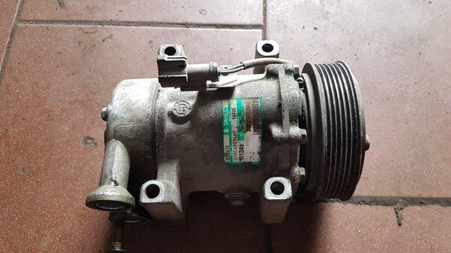 Sprężarka klimatyzacji Ford fiesta mk6 1.4 tdci 1.6 SD6V12