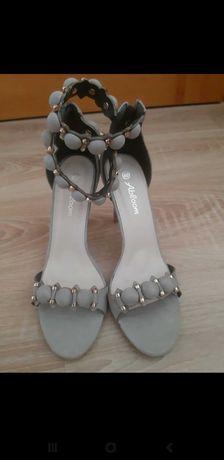 Sandały szpilki nowe r 40 szare