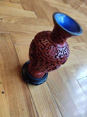 Zestaw dekoracyjny z chińskiej czerwonej laki