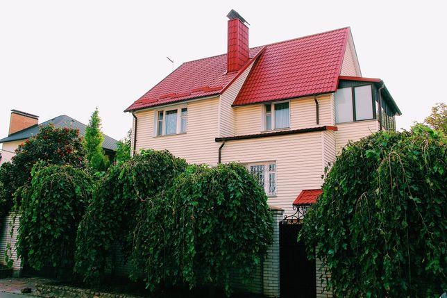 Продам дом в центре Петропавловская Борщаговка