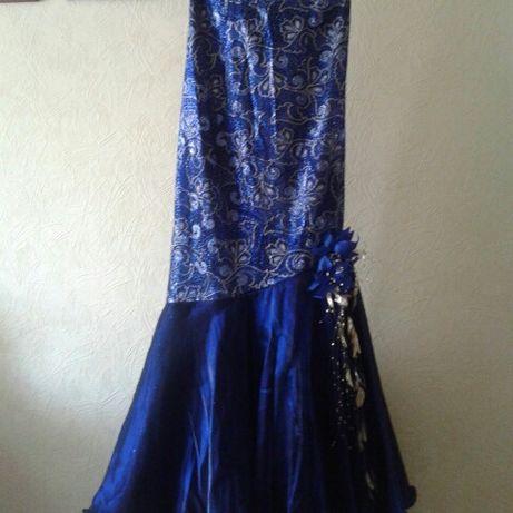Выпускное платье р. 44-46