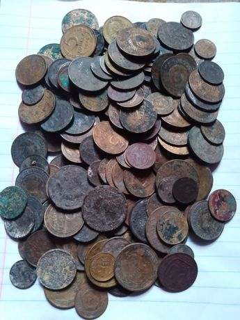 Советские монеты разных периодов.