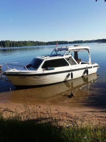 Jacht motorowy Onedin 650