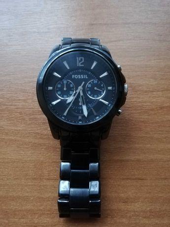 Zegarek męski Fossil na bransolecie