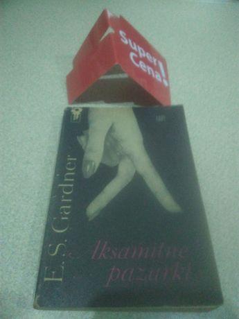 """książka """"aksamitne pazurki"""" Erle Stanley Gardner"""