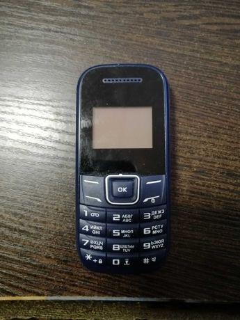 Телефон NOMI 144m