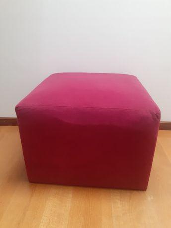 Puff quadrado tecido macio
