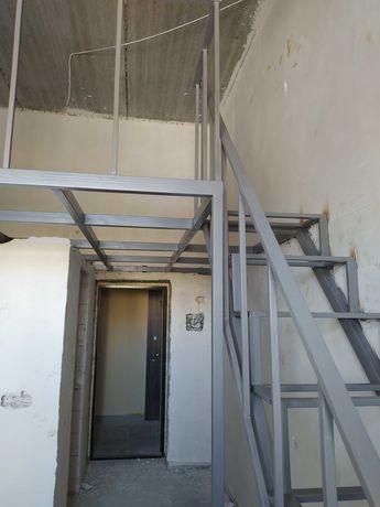 Продам двухуровневую квартиру в новом доме рядом с центром М