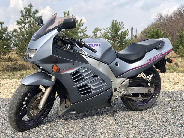 Suzuki rf 600r