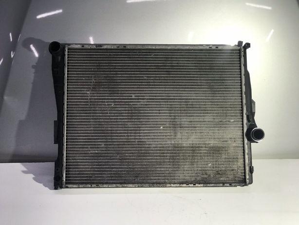 Основний радіатор БМВ Е46 основной радиатор BMW E46 охлаждения водний