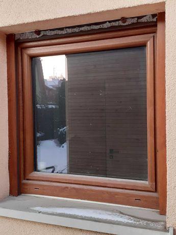 Okno z roleta , zloty dąb 90 x 90 z roletą