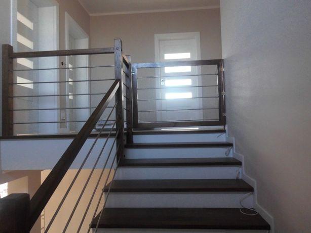 schody stopnie trepy drewniane dab jesion merbau egzotyk na beton