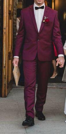 Bordowy garnitur giacomo conti