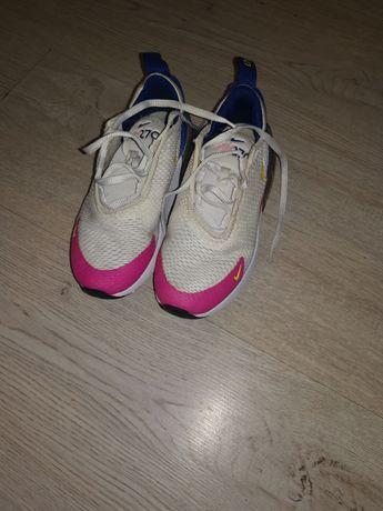 Ténis Nike Air270      29.5